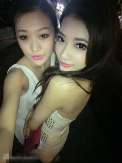 A hau, MC Trung Quoc di khach hang nghin USD moi dem nhu the nao? hinh anh 2