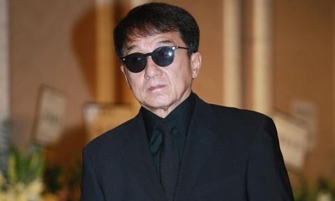 Thành Long và nhiều đạo diễn tưởng nhớ ông trùm điện ảnh Hong Kong