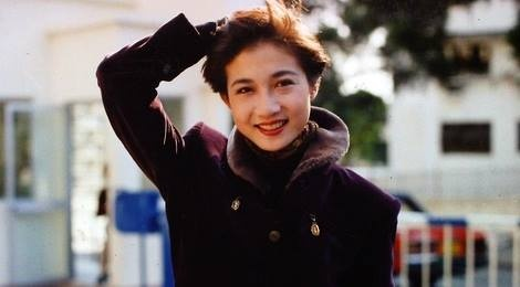 Tinh cu Thanh Long: Hoa hau 17 tuoi va cai gia vi loi song trac tang hinh anh