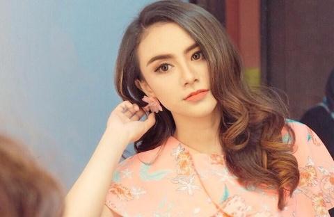 My nhan Indonesia qua doi o tuoi 26 sau khi bi song than cuon troi hinh anh