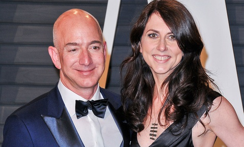 Ven man 25 nam hon nhan cua ty phu giau nhat the gioi Jeff Bezos hinh anh