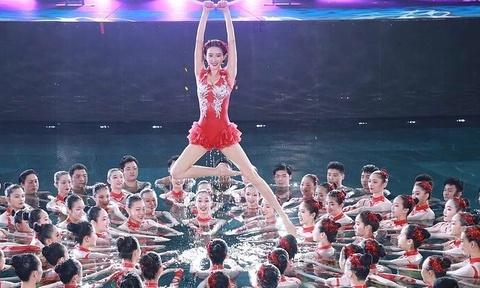 1,2 ty khan gia xem Gala xuan cua dai CCTV Trung Quoc hinh anh