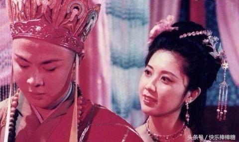 Duong Tang va giai nhan - 33 nam khac khoai mot chuyen tinh dang do hinh anh