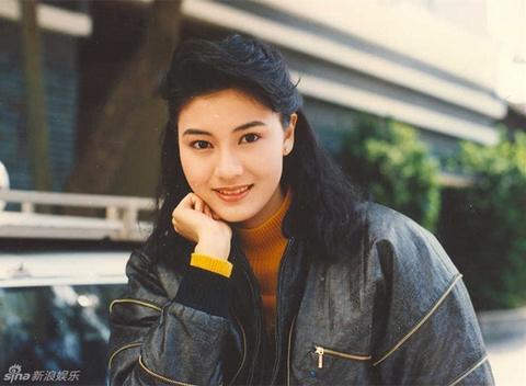 Hoa hau dep nhat Hong Kong khoe sac theo phong cach thap nien 1980 hinh anh 7