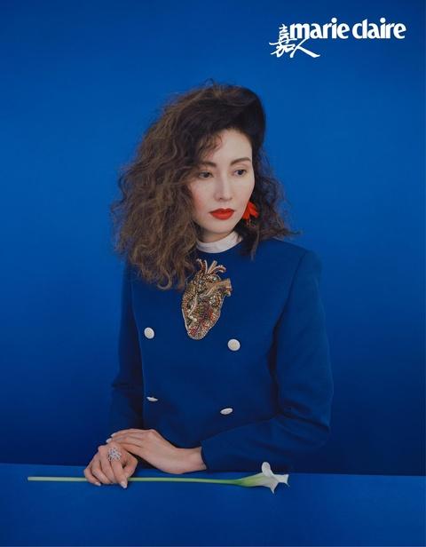 Hoa hau dep nhat Hong Kong khoe sac theo phong cach thap nien 1980 hinh anh 2