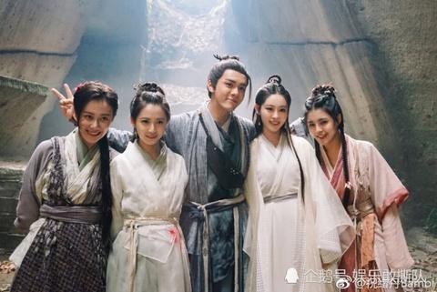 TVB ngap tran phim Dai luc, thoi ky huy hoang tan lui day tiec nuoi hinh anh 4