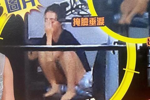 A hau Hong Kong khoc nhieu va suy sup sau khi lo clip ngoai tinh hinh anh