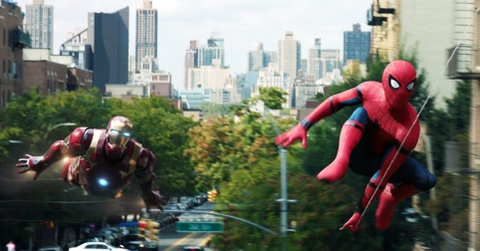 Iron Man là người cha tinh thần của Spider-Man.