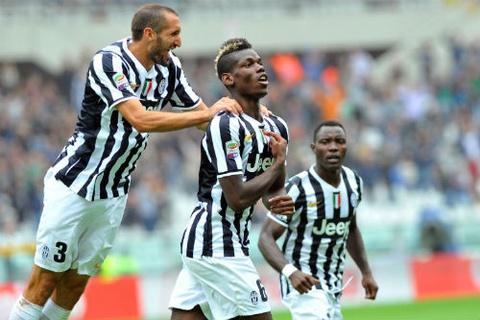 Pogba lap cong giai cuu Juventus hinh anh