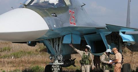 Phuong Tay nhap nhom vi suc manh Nga pho dien tai Syria hinh anh 1 Su-30SM, một trong những tiêm kích chiếm ưu thế trên không hiện đại nhất của Nga được triển khai hoạt động tại Syria. Ảnh: Theaviationist