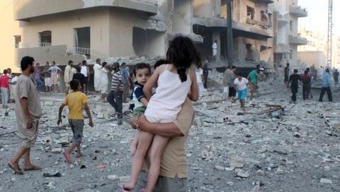 Nguoi Syria duoi truong IS keu cuu hinh anh