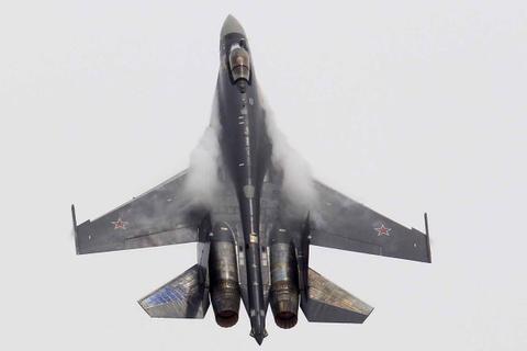 Su-35 doi dau F-22, chien dau co nao uu the hon? hinh anh 3