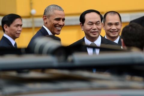 Mot ngay ban ron cua Tong thong Obama o Ha Noi hinh anh 1
