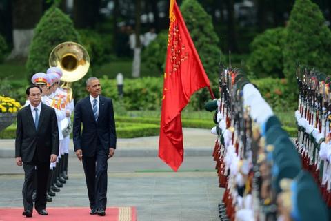 Mot ngay ban ron cua Tong thong Obama o Ha Noi hinh anh 3