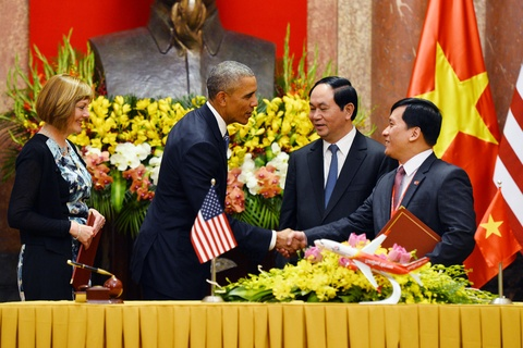 Mot ngay ban ron cua Tong thong Obama o Ha Noi hinh anh 6
