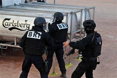 Phap rao riet chuan bi an ninh truoc tran khai mac Euro 2016 hinh anh 13