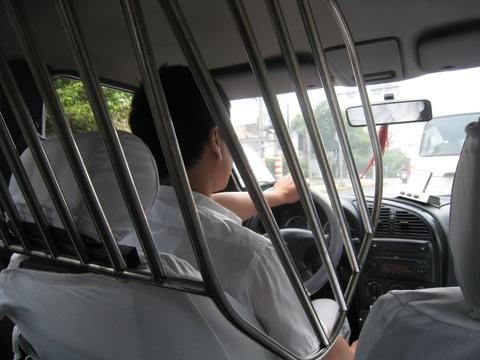 Cac bien phap bao ve hanh khach va tai xe taxi tren the gioi hinh anh 4