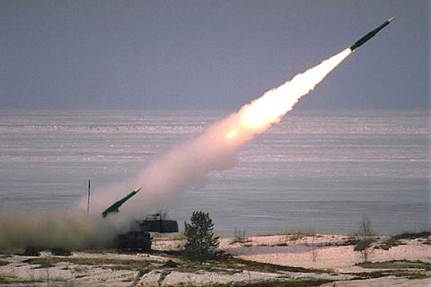 Nhung vu khi Nga khien NATO de chung hinh anh 5