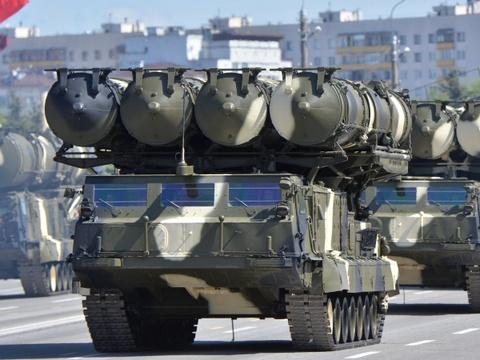 Nhung vu khi Nga khien NATO de chung hinh anh 11