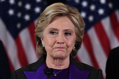 Ba Clinton van con co hoi cuoi cung de vao Nha Trang? hinh anh