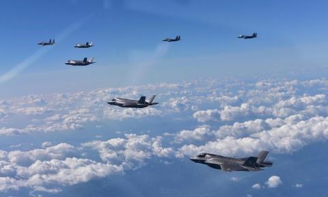100 tiem kich tang hinh F-35 se ap sat Trieu Tien hinh anh 1