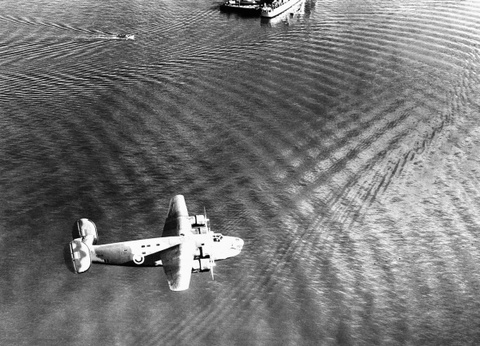 May bay B-24: Ke giai phong chau Au den tu My hinh anh 1