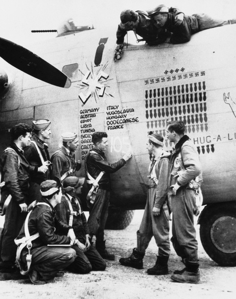 May bay B-24: Ke giai phong chau Au den tu My hinh anh 13