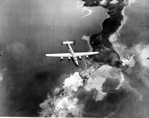 May bay B-24: Ke giai phong chau Au den tu My hinh anh 7
