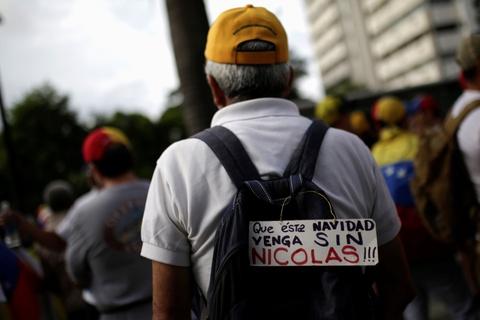Bien nguoi bieu tinh dong nhu hoi o Venezuela hinh anh 10