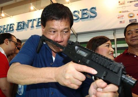 Chang duong tu chu be rac roi tro thanh TT Philippines hinh anh 12