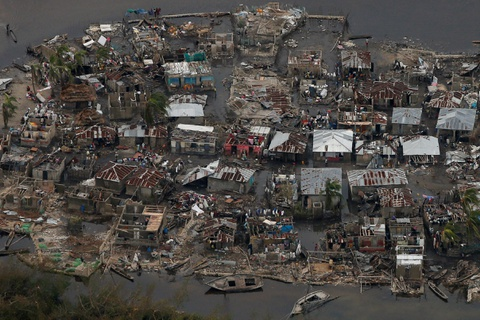 Canh tan hoang nhu thoi chien o Haiti sau bao Matthew hinh anh 1