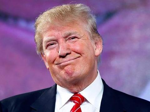 Donald Trump 'doi dau' voi truyen thong quoc te hinh anh