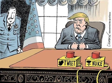 Thien than Trump cat canh trong tranh biem hoa hinh anh 3
