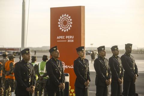 Chu tich nuoc Tran Dai Quang den Peru du hoi nghi APEC 2016 hinh anh 2
