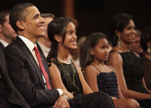 Con gai Obama thay doi the nao sau 8 nam o Nha Trang? hinh anh 4