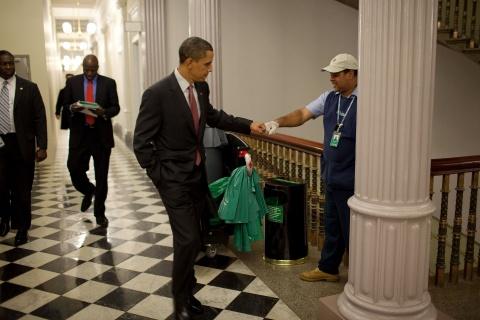 Tam biet Obama, the gioi se nho nhung hinh anh nay hinh anh 2