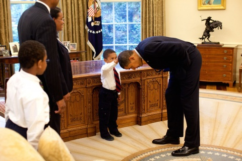 Tam biet Obama, the gioi se nho nhung hinh anh nay hinh anh 10