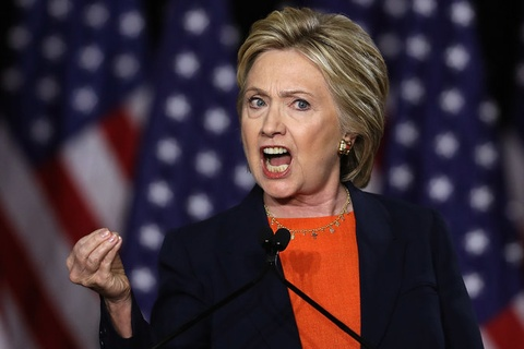 hillary clinton chi trich donald trump hinh anh