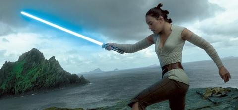 Tai sao nhieu fan 'noi dien' voi 'Star Wars: The Last Jedi'? hinh anh 2