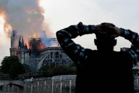 Du lịch Pháp đối mặt tổn thất nặng nề sau vụ cháy Nhà thờ Đức Bà