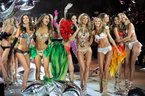 Ro tin Victoria's Secret co nguoi mau chuyen gioi trinh dien hinh anh