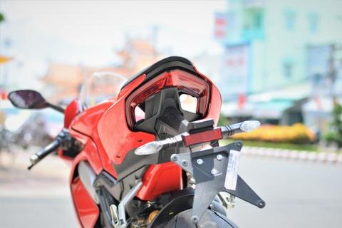Chi tiet Ducati V4S cua dan choi mien Tay gia gan 1 ty hinh anh 13
