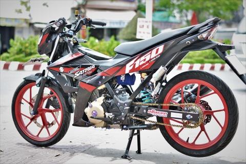Suzuki Raider do do choi hang hieu ton 100 trieu cua biker mien Tay hinh anh 12