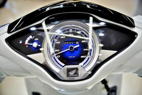 Chi tiet Honda Future FI 125 moi - binh moi ruou cu hinh anh 3