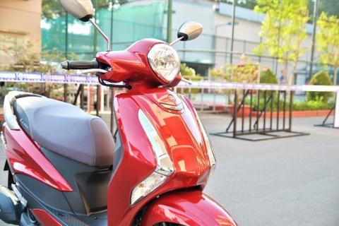 Danh gia nhanh Yamaha Latte - gia 38 trieu, co gi dau Honda Lead? hinh anh 2