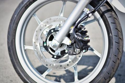 Xe tay ga có trang bị hệ thống chống trượt ASR sẽ an toàn hơn?