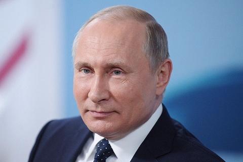 Tong thong Putin se gap chuc mung Khabib hinh anh