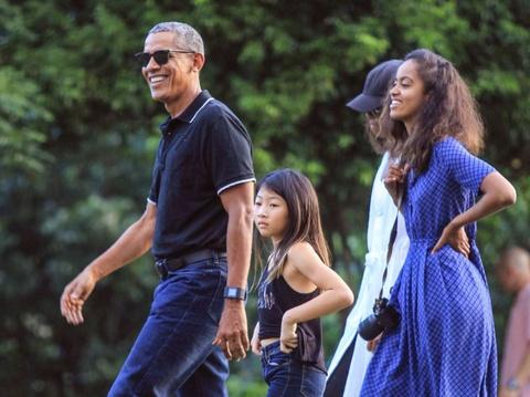 Obama va chuyen ve 'que' voi hang tram binh si bao ve hinh anh 8