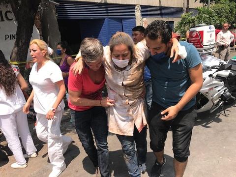 Dong dat kinh hoang o Mexico: 'Nhu the Chua noi gian voi chung toi' hinh anh 7