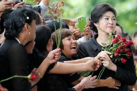 Hoa hong va nuoc mat: Yingluck toi phien toa ba co the bi ket an tu hinh anh 3